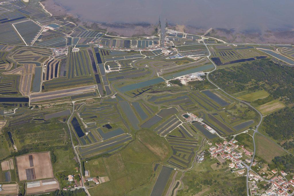 Une vue aérienne des marais sur Oléron